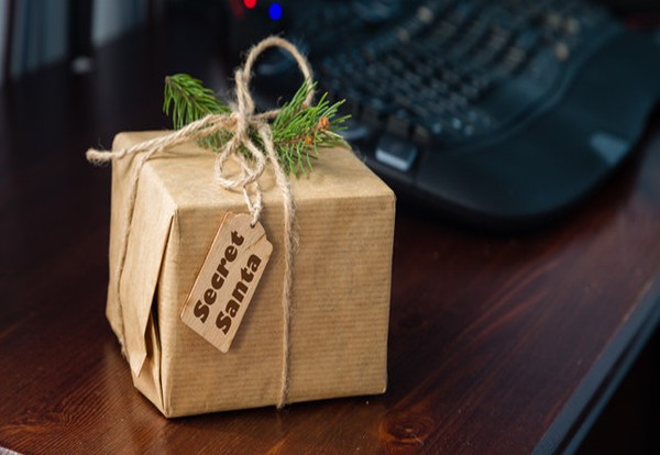 Tradespeople spend the most on Secret Santa gifts, says Wonga