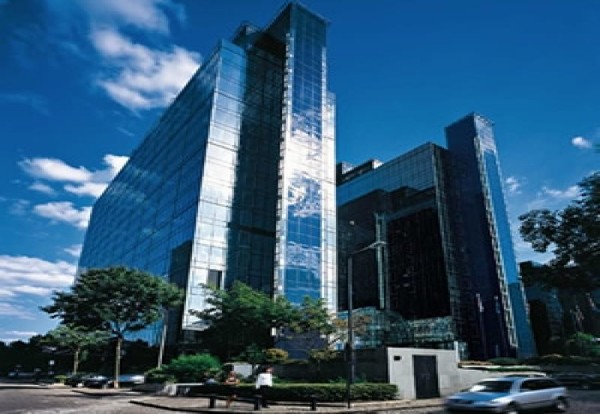High Rise reduces energy costs with Variable Speed Drives