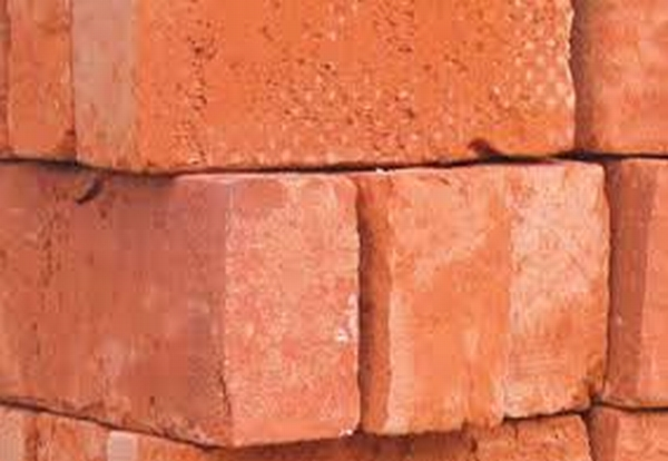 Builders told to wait over a year for brick orders