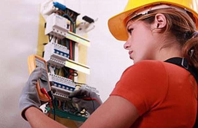 Rapid rise in female tradespeople over past decade
